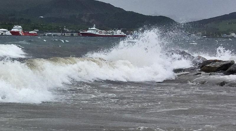 Vindkast i orkan styrke